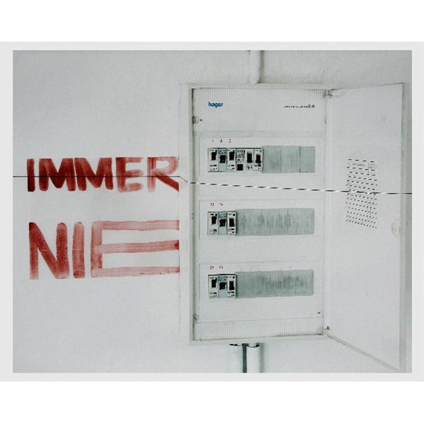 MONIKA BRANDMEIER<br/>immernie #3, 2001, c-print 47,5 x 58 cm, ed. 5