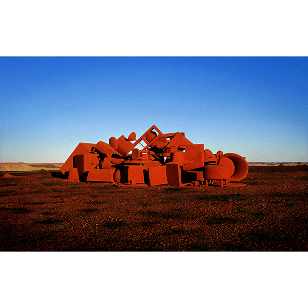 ROSEMARY LAING<br/>burning Ayer 1 L, 2003, c-print mounted and framed, 105 x 155,7 cm, ed. 12