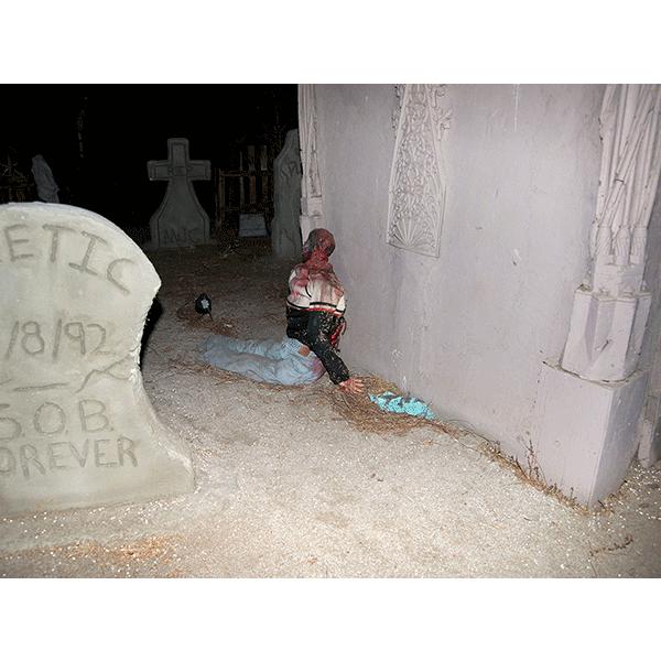 JOSCHA STEFFENS<br/>POTU-Flag Zombie Victim, 2014, 72 x 54 cm