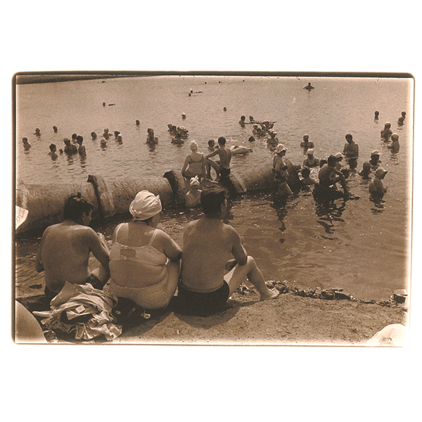 BORIS MIKHAILOV<br/>Salt Lake, Slavjansk, UDSSR 1986, 1997-1998, C-print on Kodak Endura, monochrome, 54 × 78 cm, ed. of 7