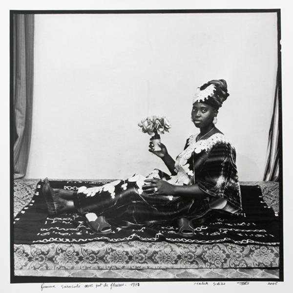 MALICK SIDIBÉ<br/>Posing with my flowers, 1978/2006, silver gelantine print on baryte paper, 123 x 123 cm