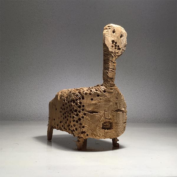 HIROSUKE YABE<br/>Untitled (co077), wood carving, unique, 23,8 x 11,5 x 16,5 cm