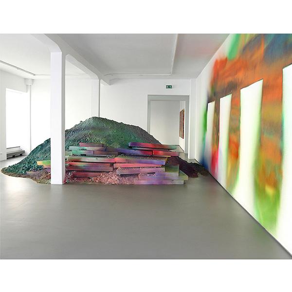 KATHARINA GROSSE<br />installation view, Gallery CONRADS, 2005
