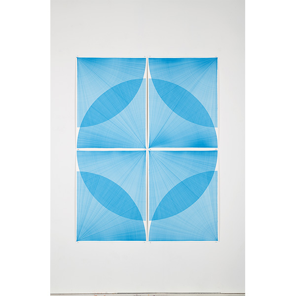 THOMAS TRUM<br />Two Blue Lines #3, marker drawing on paper,  208 x 160 cm